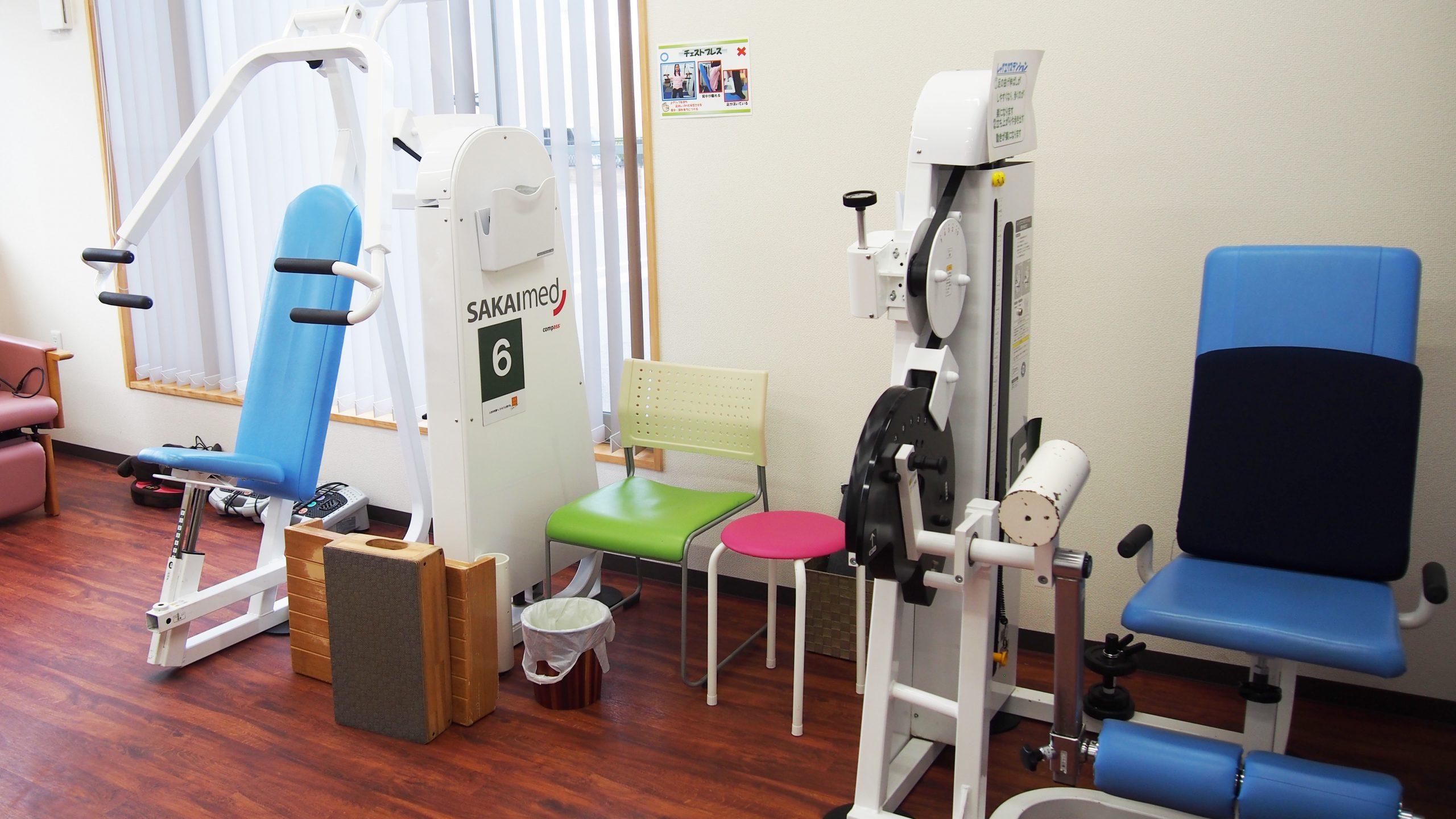 施設内に設置されているリハビリ器具